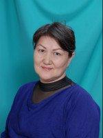 Исинбаева Айнур Женисовна - орыс тілі және әдебиет пәнінің мұғалімі